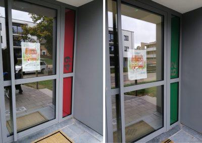 Translucent raamfolies en uitgesneden huisnummers
