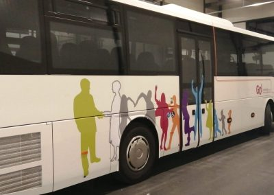 GO! belettering autobus